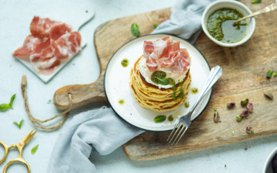 Pancake salati integrali con Coppa di Parma, robiola e pesto alla genovese